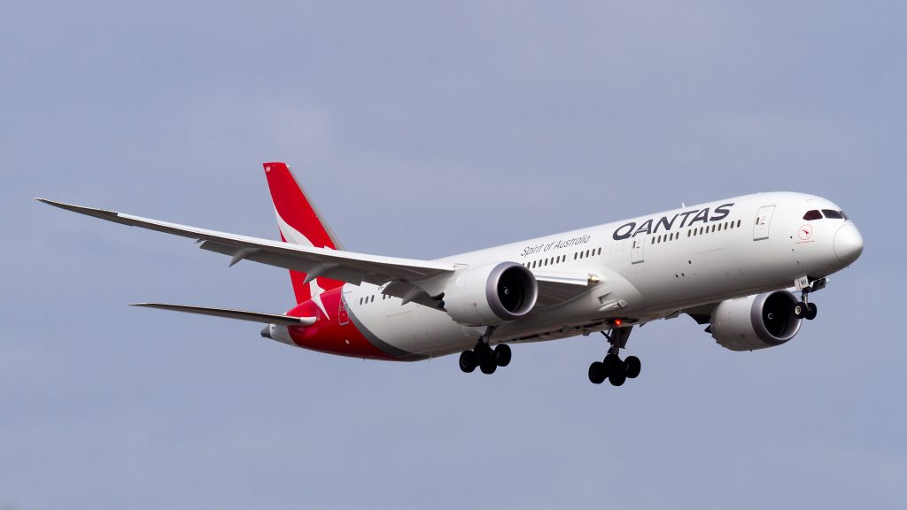 Qantas Boeing 787-9 VH-ZNH